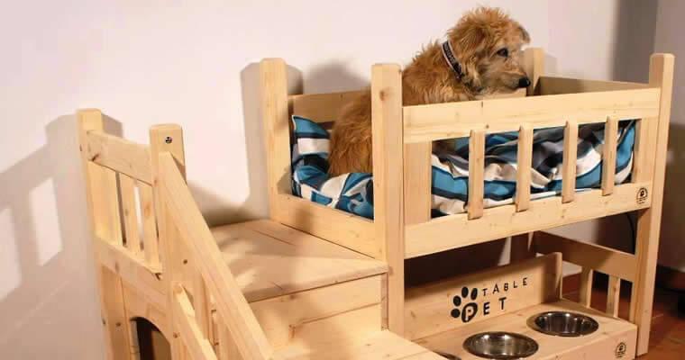 Casas de madera para perros for Animales de plastico para jardin